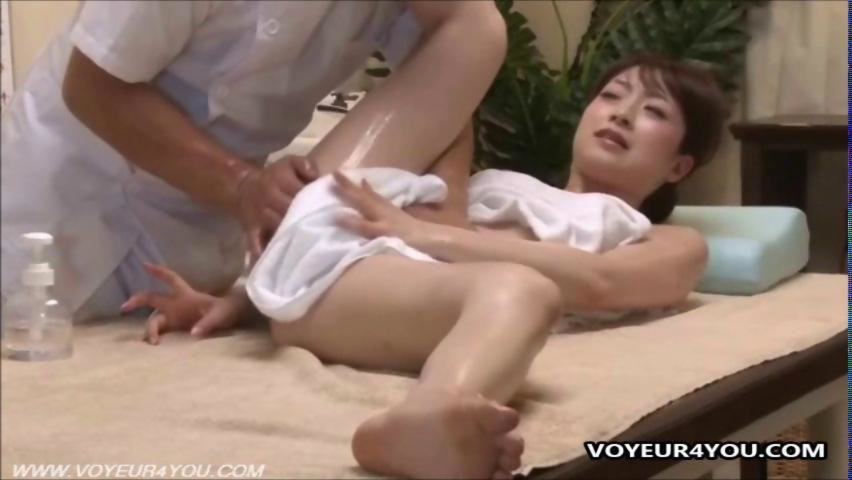 Naked chinese student sucking teacher039s cock 10