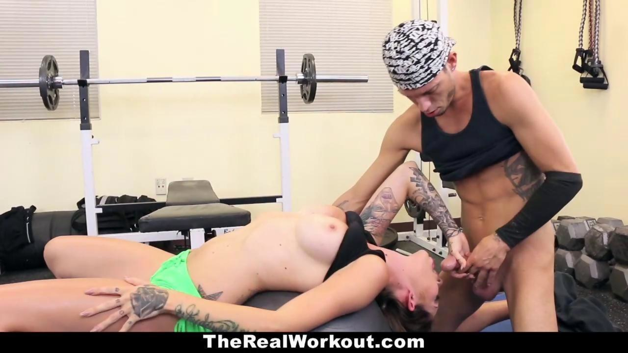 Therealworkout asian gym hottie adrianna luna facialized 5