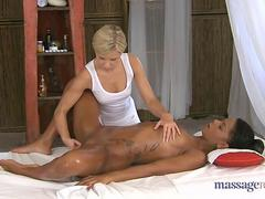 massage room - Alexandra and Lola