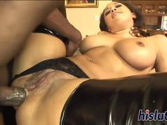 Insatiable ebony goddess receives rough anal pounding