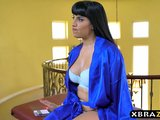 Latina stepmom demands a massage from this young guy on GotPorn (5801525)