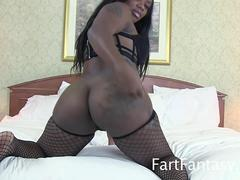 Milf wife loves being masturbated and licked