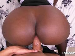 Fat ass ebony milf Vickie Starxxx interracial sex