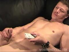 Mature Amateur Sean Beating Off