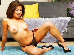 Jackie lin playing with premium black rod feature