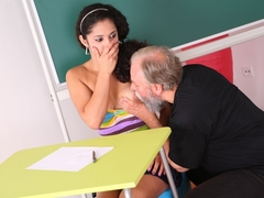 Lara tries to learn the material with her teacher but realizes she needs to get extra help today