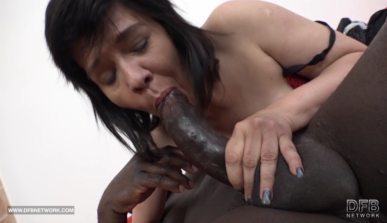 image Ebony milf blowjob stealing for the fuck of